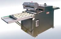 Машины для обработки выпечки содовым раствором